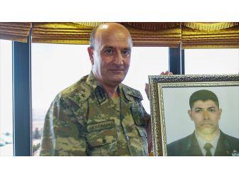 Korgeneral Aksakallı: Halisdemir'in Üzerindeki Örtüyü Kaldırdım, Alnından Öptüm