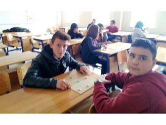 Hisarcık'ta Lise Öğrencilerine Zeka Oyunları Kursu