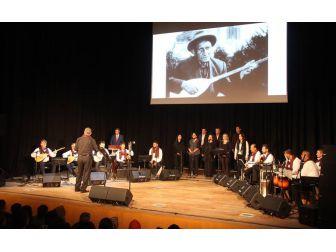 Bergama'da Türküler Aşık Veysel İçin Söylendi