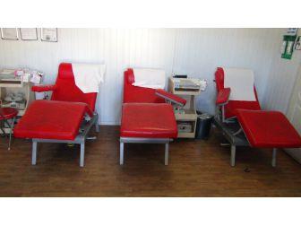 Kan Bağış İstasyonuna Giren Hırsız Çalacak Bir Şey Bulamayınca Ortalığı Dağıttı