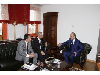Ömer Halisdemir Üniversitesi'nden 25'inci Yıla Özel Pul