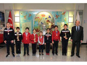 Özel Sanko Okulları Satranç Turnuvasından 3 Birincilik İle Döndü