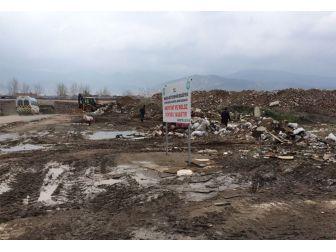 Soma'daki Moloz Kirliliği Büyükşehir Tarafından Temizlendi