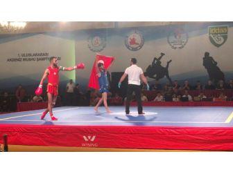 Seyhan Belediyesporlu Aydın Yıkılmaz, Wushu Şampiyonu Oldu