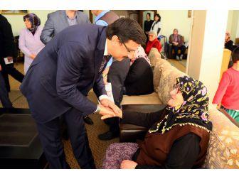 Başkan Ak'tan Güngörmüş Büyüklere Ziyaret