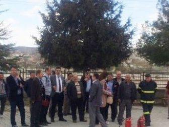 Hisarcık'ta Milli Eğitim Ve Okul Personeline Yangın Eğitimi