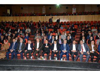 """Aksaray'da Eğitim-bir-sen'den """"15 Temmuz'un Nöbetçisi, 16 Nisan'ın Evetçisiyiz"""" Programı"""