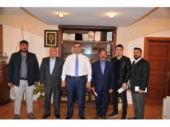 Başkan Can, 4 Tarsuslu Gaziye 10 Bin Tl Yardım Yaptı