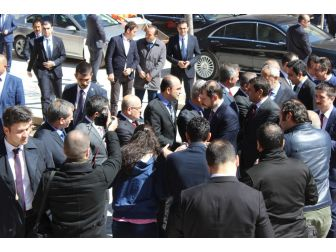 Bakan Albayrak, Gençlerden Cumhurbaşkanı İçin Dua İstedi
