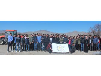 Seyrani Ziraat Fakültesinden Kayseri Şeker Pandoğa Çiftliğinde Uygulamalı Eğitim