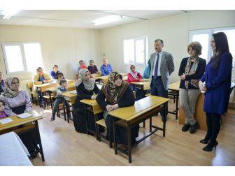 Maltepe'de Okuma Yazma Seferberliği
