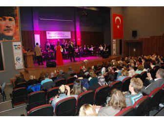 Bir Tatlı Huzur Korosu'ndan Türk Sanat Müziği Konseri