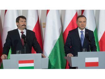 Macaristan Ve Polonya 'Avrupa Birleşik Devletler'ne Karşı