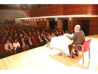 Gazeteci-yazar Ahmet Taşgetiren Katıldı. Taşgetiren: