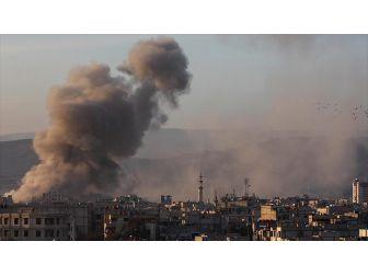 Doğu Guta'ya Hava Saldırısı: 12 Ölü