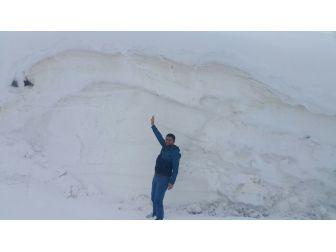 Kar Dağları 3 Metreyi Aştı