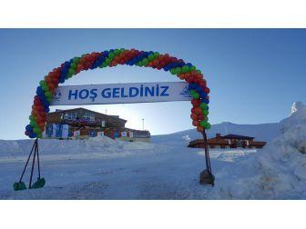 Hakkari'de 'Kar Festivali' Heyecanı
