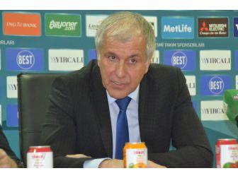 """Obradovic: """"Genç Oyuncularımın Agresif Oynamaları Önemliydi"""""""