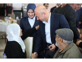 Çolakbayrakdar Çifti, Yaşlıları Marina'da Ağırladı