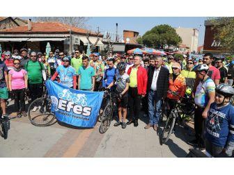 250'ye Yakın Bisikletçi 'Doğa İçin' Pedala Bastı