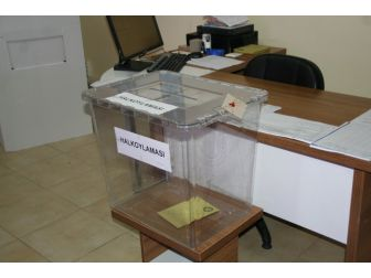 Marmaris'te Gümrük Kapısı'nda Oy Verme İşlemi Başladı