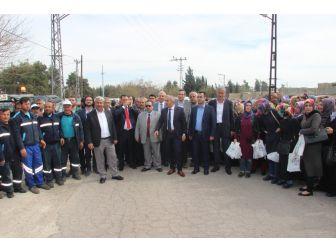 """Kilis Belediyesi """"Evet"""" Çalışmalarını Gövde Gösterisine Dönüştürdü"""