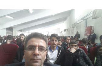 """Hamur'da """"Çanakkale Ruhu Ve Kardeşlik"""" Konulu Konferans"""