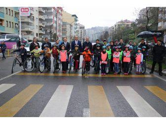 Trabzon'da Okullararası Bisiklet Yarışması