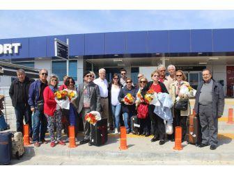 İlk Emekli Grubu Tatil İçin Alanya'ya Geldi