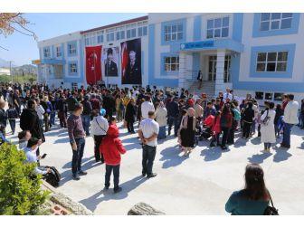 Söke'de Bursluluk Sınavına Rekor Katılım