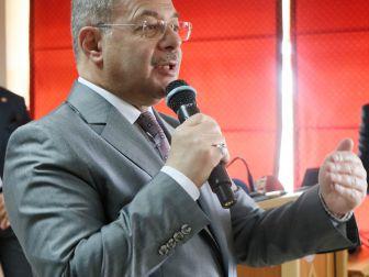 "Bakan Akdağ: ""'Tonton Cumhurbaşkanı' Özal'a Da Bu Zihniyet 'Diktatör' Dedi"""