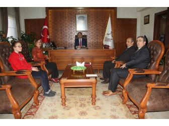 Satranç Federasyonu İl Temsilciliğinden Vali Aktaş'a Ziyaret