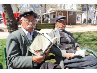 Okuma Etkinliği Yoğun İlgi Gördü