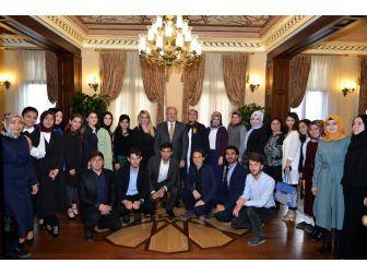 Vali Karaloğlu, Genç Gönül Elçilerini Kabul Etti