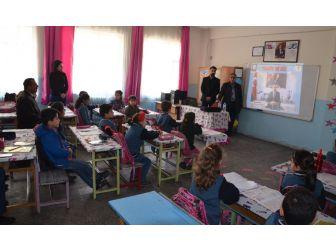 """Tatvan'da Öğrencilere """"Trafik"""" Eğitimi"""