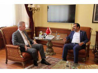 Sağlık-sen Genel Başkanı Memiş'ten Vali Gül'e Ziyaret