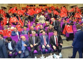 Kabinenin En Genç Bakanı Trabzon'da Gençlerle Buluştu