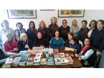 Söke'de Nuhbey Konağı Kütüphanesi Bağışlarla Güçleniyor