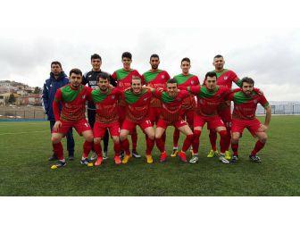 Osmaneli 1308 Belediye Spor Şampiyonluğa Yürüyor