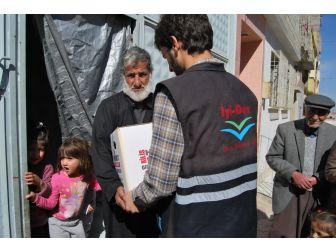 Suriyelilere İyider'in Hazırladığı Yardım Kolileri Dağıtıldı