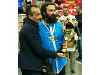 Amasya'daki 'Sencer Aydın Helallik' Kupası Konyalı Sporcunun Oldu