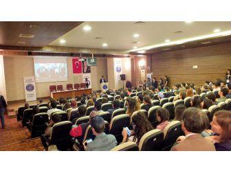 """Turizm De """"Kariyer Günleri"""" Nuri Özaltın Anısına Panel İle Başladı"""