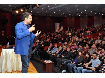 """İç Hastalıkları Uzmanı Doktor Gürkan Kubilay """"Yemişim Diyetini"""" Dedi"""