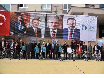 İzmit'te 395 Öğrenci Daha Bisikletine Kavuştu