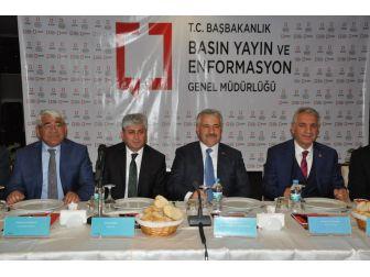 Bakan Arslan, Yerel Medya Buluşması'na Katıldı
