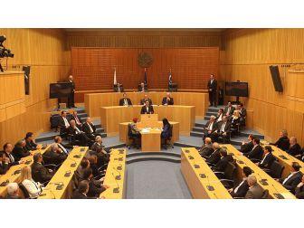 Rum Meclisi 'Enosis' Aldığı Kararını İptal Etti