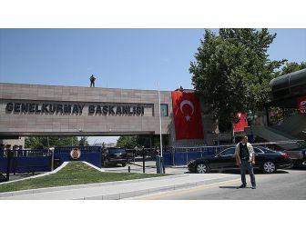 TSK, 1 Terörist Yakalandı, 2 Terörist Teslim Oldu