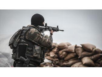 """TSK: """"Bingöl, Kiğı'da 3 Terörist Ölü Ele Geçirildi"""""""