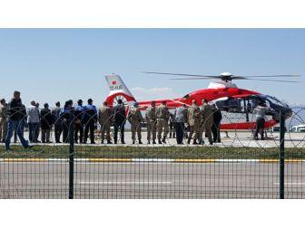 Çatışmada Ağır Yaralanan Teğmen Helikopterle Erzurum'a Getirildi
