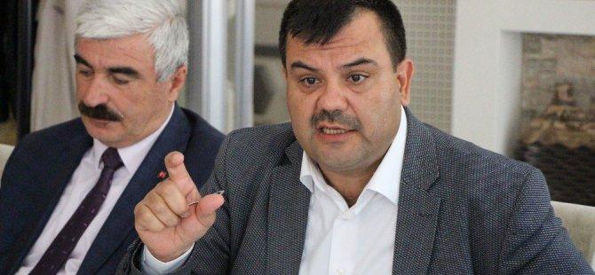 """Ak Parti'li Mehmet Ünek: """"Amasya'da İş Seçme Sorunu Var, İşsizlik Yok"""""""